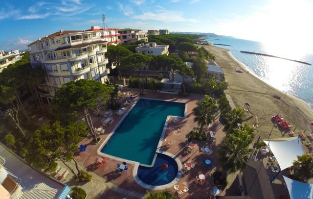 Hotel Mel Holiday ▪ Durres Albania