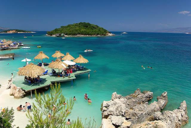 Hotel Qendra • Albania Ksamil