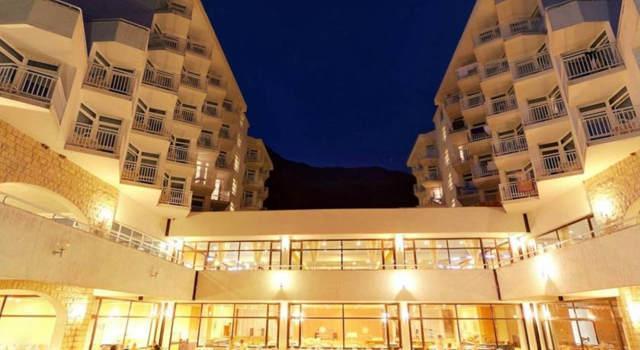 Hotel Labineca • Gradač • wczasy w Chorwacji